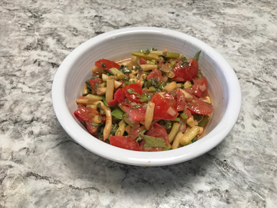 fresh-bean-salad-with-tomatoes-and-elery
