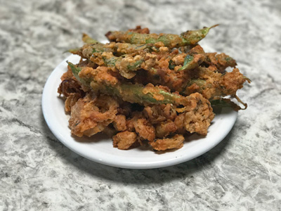 fried-onions-and-green-beans