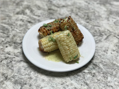 grilled-sweet-corn-with-spicy-lime-dressing