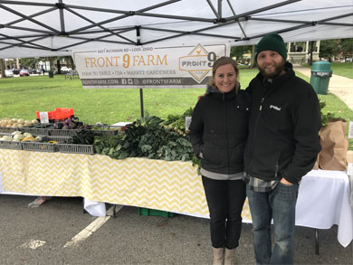 jimmy-and-cassie-at-medina-farmers-market